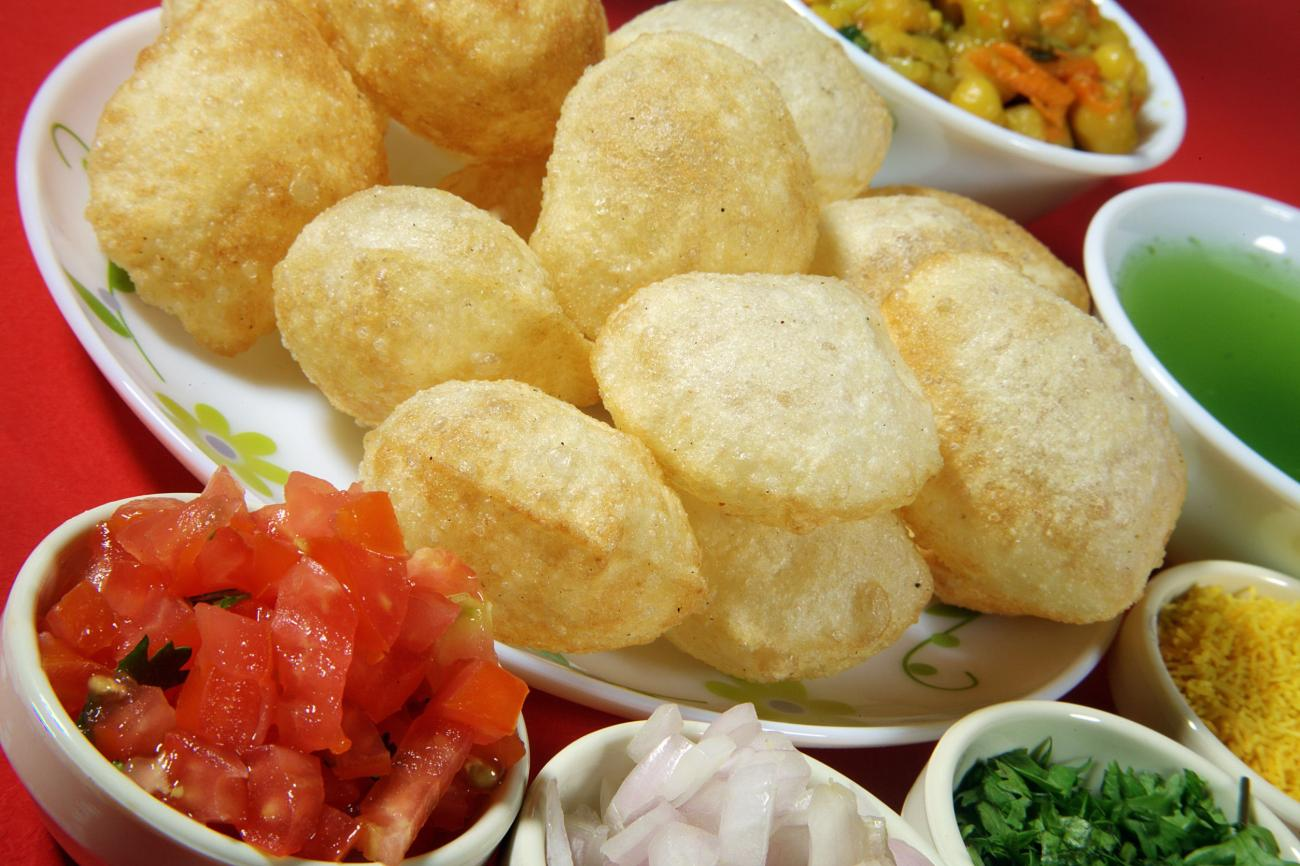 puri and other ingredients of pani puri